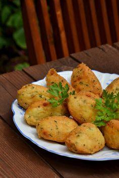 Arco-íris na Cozinha: Bolinhos/Pastéis de Bacalhau Baked Potato, Food And Drink, Potatoes, Fish, Baking, Vegetables, Ethnic Recipes, Crepes, Followers