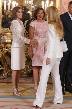 King Felipe and Queen Letizia host a lunch for President of Romania