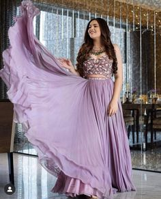 Dress Indian Style, Indian Fashion Dresses, Indian Designer Outfits, Indian Outfits, Indian Attire, Designer Clothing, Indian Wear, Indian Wedding Gowns, Desi Wedding Dresses