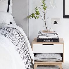 Sophisticated styling by @oh.eight.oh.nine! #mockaaustralia #sidetable #bedsidetable #styling #interiorstyling