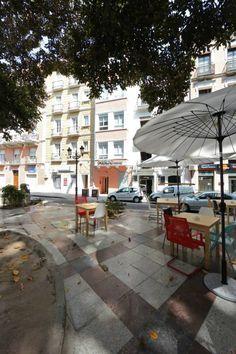 Fachada de los Apartamentos Prado Sastre. www.wellrenting.com