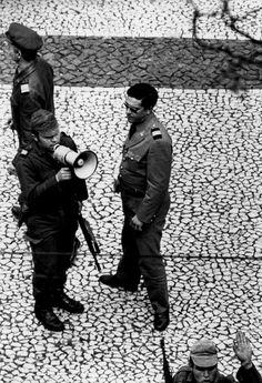 Salgueiro Maia-Largo do Carmo-Lisboa, 25 de Abril de 1974, Eduardo Gageiro