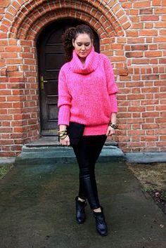 Alexander McQueen pink jumper