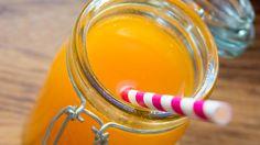 Sunn juice med appelsin, ingefær og gulrot