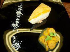 Vitrine in Saalbach, Salzburg; Vegan dessert Salzburg, Vegan Food, Vegan Recipes, Restaurant, Dessert, Ethnic Recipes, Glass Display Case, Veggie Food, Vegane Rezepte
