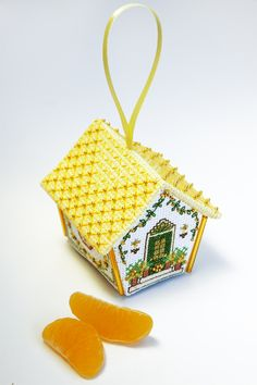 Embroidered little house. Cute:)