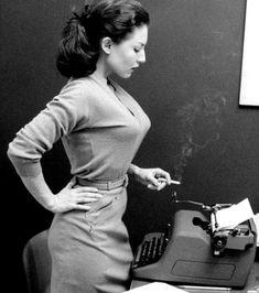 Parce qu'être secrétaire dans les années 1960 n'était pas une chose facile mais qu'elles avaient tellement de prestance...