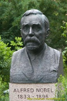 Alfred Nobel statue, Karlskoga.