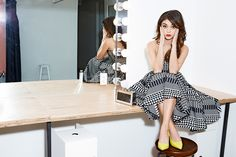 Sarah Hyland - Oscar Tiye 'Rawan' pumps, Talbot Runhof dress