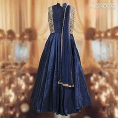Heavy Gown Product Code - A11 For price and further information, contact +91 9660590061  #signoria #sarees #suits #lehengas #semilehenga #partygown #classy #clothingbrand #weddingdresses #designerclothes #ethnicwear #fashion #grace #womenfashion #jaipurfashion #cityshorjaipur #jaipurdiaries #tailoria #jaipur #rajasthan #india
