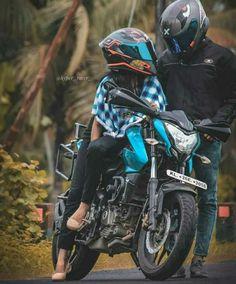 Motocross Couple, Bike Couple, Motorcycle Couple, Wedding Couple Poses Photography, Motorcycle Photography, Bike Pic, Bike Photo, Biker Love, Biker Girl