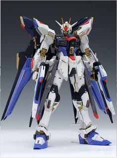 MG 1/100 XGMF-X20A Strike Freedom Gundam -Sendo