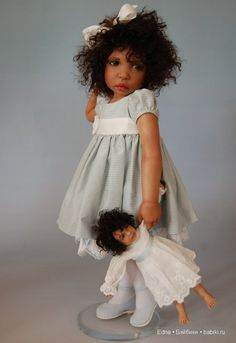 Dolls talented master Diane Keeler