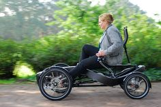 It is not a car, it is not a bicycle. FLEX/the INNOVATION helped to develop FLOOW and designed it to be a unique and cool personal transportation vehicle.