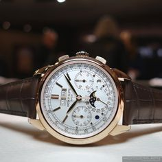 Baselworld 2015: Introducing the Patek Philippe ref. 5270 in 18K Rose Gold. Live Pictures and Pricing of the Quintessential Perpetual Calendar Chronograph.