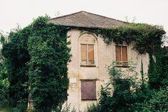 https://flic.kr/p/eY6gBQ | St Neot's derelict building 1 | Taken in and around St Neots in June 2013. A Praktica BC3 was used with Kodak Ektar 100 film.