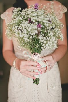 Daisychains & Paperplanes: sweet baby's breath bouquet