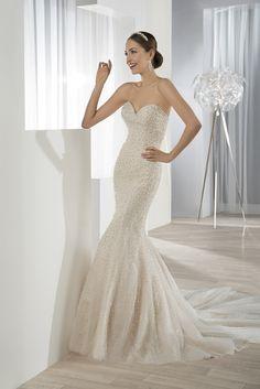 Νυφικά Φορέματα Demetrios Collection - Style 609
