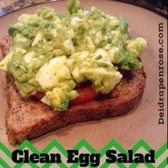 Clean Egg salad with Avocados?? AMAZING!! Click here for the recipe! #cleaneating #healthylunch #Fitness Deidrapenrose.com