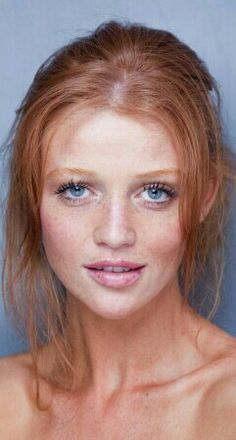 Cintia Dicker--I love her gorgeous red hair and freckles! Cintia Dicker, Red Hair Blue Eyes, Green Eyes, Natural Red Hair, Natural Beauty, Natural Makeup, Natural Redhead, Natural Tan, Pure Beauty