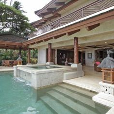 #Luxuryvacationvillas #maui www.LuxuriousDestinations.com