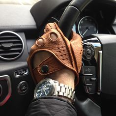 Leather Work Gloves, Leather Driving Gloves, Biker Leather, Leather Men, Leather Gifts, Leather Wallet, Gloves Fashion, Mens Gloves, Mens Fashion Suits