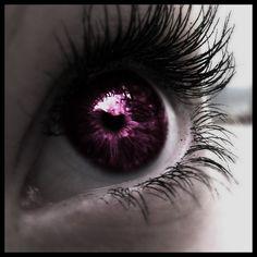 Lrinn's eye color; dark pink