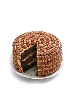 9 Next-Level Cereal Dessert Recipes - Reese's Peanut Butter Puff Cake Impressive Desserts, Great Desserts, Delicious Desserts, Yummy Food, Delicious Chocolate, Fun Food, Cereal Recipes, Baking Recipes, Cake Recipes