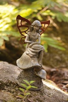 Garden Fairy with Solar lantern