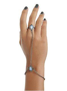 Gotta hand it to you // Blackheart Blue Opal Hand Harness Chain