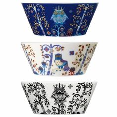 iittala Taika White / Blue 10 oz Bowl The Taika 10 ounce bowl is just the right size for serving everything from desserts to snacks. The white backdrop blends perfectly with other iittala collections, making this piece perfect for adding a. Wraps, White Backdrop, Kitchenaid, Birthday Wishes, Serving Bowls, Backdrops, Planter Pots, Porcelain, Ceramics