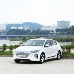 Get back to your own sanctuary, IONIQ electric-도심 속 나만의 아지트, 아이오닉 일렉트릭- #hideout #sanctuary #citylife #urban #Hangang_River #drive #carsofinstagram #car #IONIQ #IONIQ_electric #Hyundai