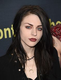 Frances Bean Cobain marries Isaiah Silvas without Courtney Love present