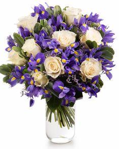 Irişi şi trandafiri albi! O combinaţie ce dă naştere unui buchet suav şi energic deopotrivă. Cunoşti pe cineva asemeni acestui buchet? Nu mai sta pe gânduri şi trimite-l persoanei dragi pentru a-i arăta preţuirea, iubirea sau recunoştinţa ta! Comandă flori online cu livrare la domiciliu şi te asigurăm că nu vei regreta. Bucuria destinatarului îţi va confirma acest lucru!  #iris #roses #springflowers #bouquet 8 Martie, Magnolia, Floral Wreath, Wreaths, Table Decorations, Floral Crown, Door Wreaths, Magnolias, Deco Mesh Wreaths