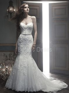 Natural Waist Tulle Beaded Lace Appliques Mermaid Sweetheart Dramatic Wedding Dress