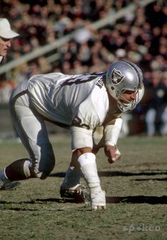 Defensive End Ben Davidson, Oakland Raiders. More Old School Greatness. He passed away in 2012 after a battle with prostate cancer.