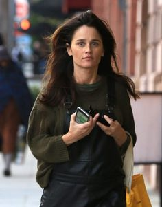 Robin Tunney Photos Photos - Actress Robin Tunney was spotted running errands in Beverly Hills, California on December 9, 2016. Tunney looked interesting in a pair of black leather overalls. - Robin Tunney Runs Errands In Beverly Hills