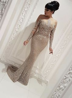ANGEL NOVIAS Long Sleeve Crystals Woman Evening Dress 2018 with Feather Formal Elegant Party Gown abendkleider lang luxus Gold Evening Gowns, Evening Dresses With Sleeves, Women's Evening Dresses, Hijab Stile, Sparkly Prom Dresses, Bridesmaid Dresses, Wedding Dresses, Elegant Dresses, Formal Dresses