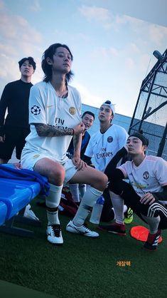 Jung Joon young x Roy Kim Roy Kim, Jung Joon Young, Pop Rock, Kim Jung, Korean Singer, Bae, Asia, Restaurant, Kpop