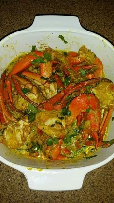 Crab curry (suruwa qari) Fijian Recipes, Trinidad Recipes, Indian Food Recipes, Tongan Food, Samoan Food, Carribean Food, Caribbean Recipes, Crab Dishes, Seafood Dishes