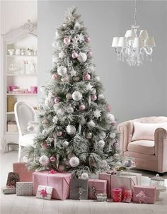 69 Stunning Christmas Decoration Ideas 2016  - Christmas is one of the happiest occasions that we celebrate every year and this is why we try to change many things around us to welcome this happy o... -  christmas decoration 2016 .