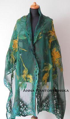 abrigo de seda bufanda mantón de la bufanda de seda de lana verde prado de fieltro Nuno, nuno grande fieltro bufanda, bufanda de única por Kantorysinska