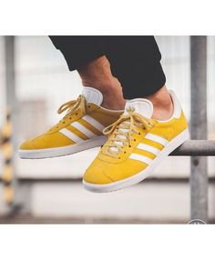 new style a893b 1dde2 Adidas Gazelle Mens Trainers In Yellow White Mens Sneakers, Sneakers  Canada, Sneakers Fashion,