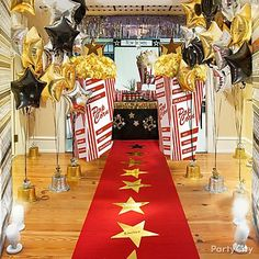 Red Carpet Entrance Let your guests enter your party feeling like a star. Roll out a red carpet from your front steps to your front door to put your friends in the spotlight!