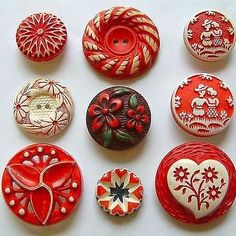Vintage Set of 6 Round Red Buttons 78