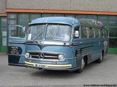 Bahnen und Busse - Autobus Daimler Benz O 321 H - Foto und Elektronische Postkar. - My list of the best classic cars Mercedes Benz Bus, Luxury Motorhomes, M Benz, Daimler Benz, Cool Vans, Classic Mercedes, Old Trains, Bus Coach, Best Classic Cars