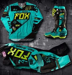 Motocross Outfits, Motocross Clothing, Motocross Love, Motocross Girls, Motorcross Bike, Motocross Gear, Motorcycle Outfit, Atv Gear, Dirt Bike Riding Gear