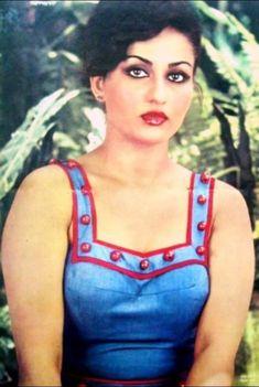 Reena Roy Hindi Actress, Old Actress, Bollywood Actress, 80s Actresses, Indian Actresses, Beautiful Eyes, Gorgeous Women, Reena Roy, Girl Couple