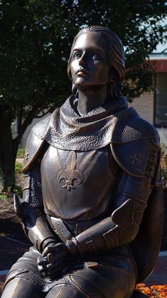Statue of France, Jeanne d' Arc. (Joan Of Arc) Joan D Arc, Saint Joan Of Arc, St Joan, Jeanne D'arc, Female Knight, French History, Mary Magdalene, Medieval, Arm Armor