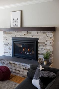 This unique farmhouse Fireplace is seriously a notable design conception. Brick Fireplace Makeover, Farmhouse Fireplace, Fireplace Inserts, Fireplace Remodel, Fireplace Mantle, Living Room With Fireplace, Fireplace Design, Electric Fireplace With Mantle, Reface Fireplace